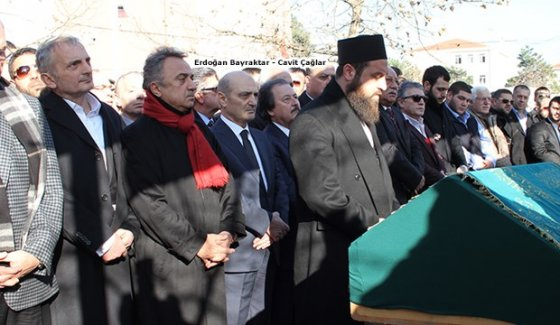 Eski ve yeni 'derin devlet' mafyacının cenaze namazında