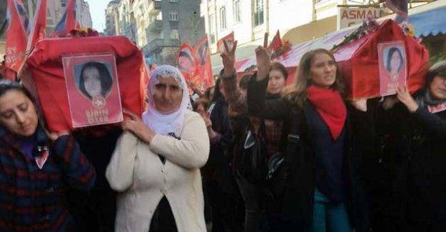 Yeliz Erbay ve Şirin Öter, kadınların omuzlarında....