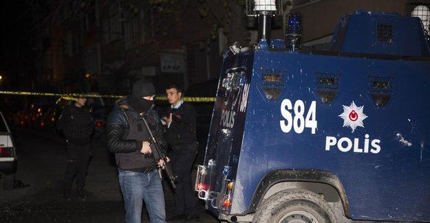 Bayrampaşa, Okmeydanı, Sarıyer, TEM'de silahlı saldırılar