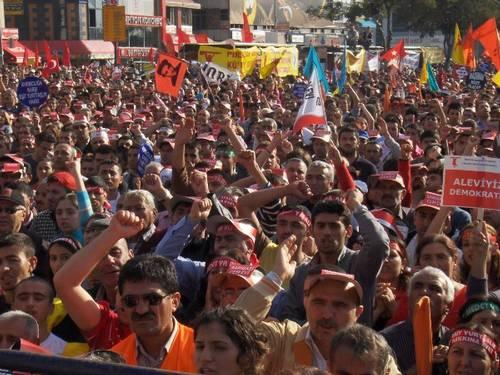 Yüzbinler Kadıköy'de buluştu, eşitlik, özgürlük ve laiklik istedi!