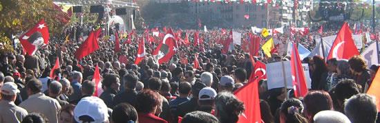 AKP'nin Alevileri Konuşuyor : Alevi yürüyüşündekiler HADEP'li vekillerdi