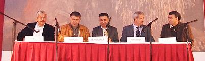 Aleviler ve Politikacılar Sivil Anayasayı Tartıştılar