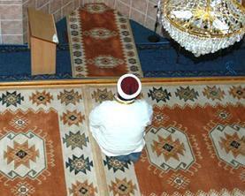 Alevi Köyüne Yapılan Cami Tartışılıyor