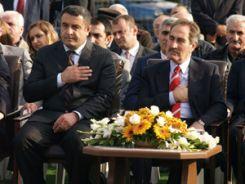 Kültür Bakanı cemevi temeli attı