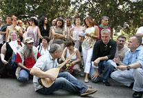 Ruhi Su'nun mezarına saldırıya protesto