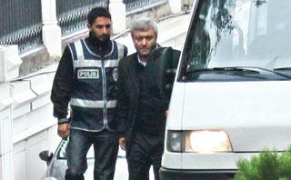 Tuncay Özkan ve Gürbüz Çapan Tutuklandı
