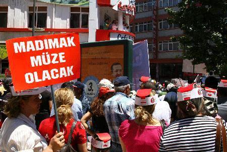 Sivas katliamı 16. yıldönümünde anılıyor