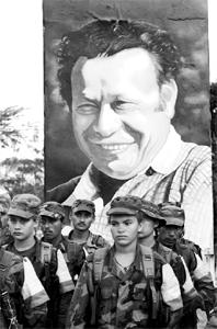 FARC lideri Manuel Marulanda öldü