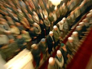 Avrupa'daki camilerde oy avı