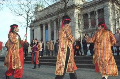Parlamento önünde 'Bin Kadın Bin Mum'