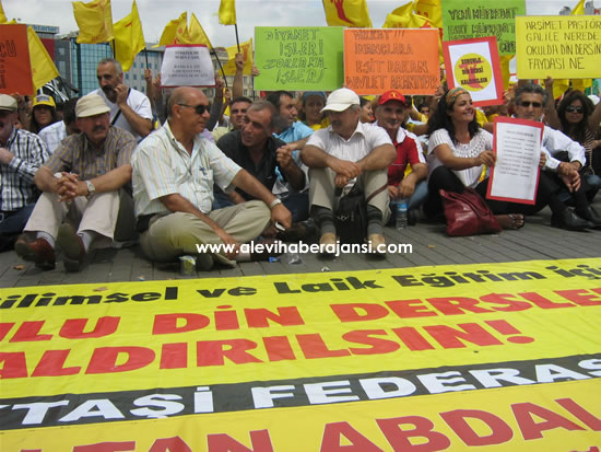 Aleviler'den Ankara'ya Yürüyüş