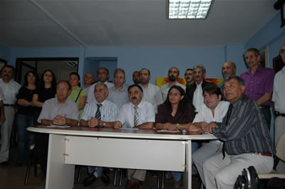 AKP bir kendine 'Müslüman!'