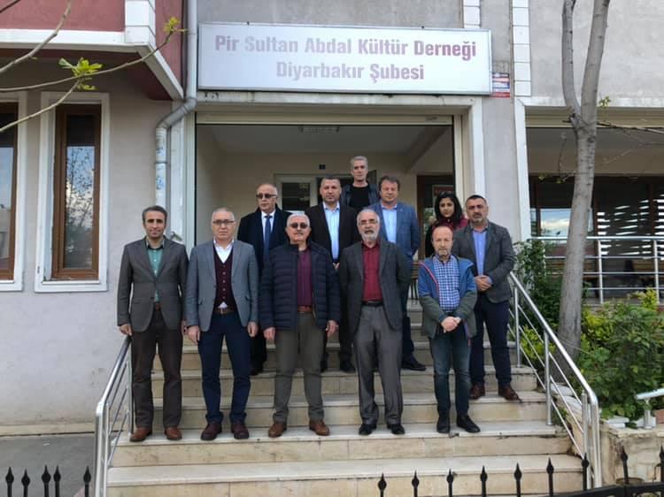 """ABF: """"PSAKD Diyarbakır Şubesi'nin elektiriklerin 6 aydır kesik olmasına tepki gösterdi"""