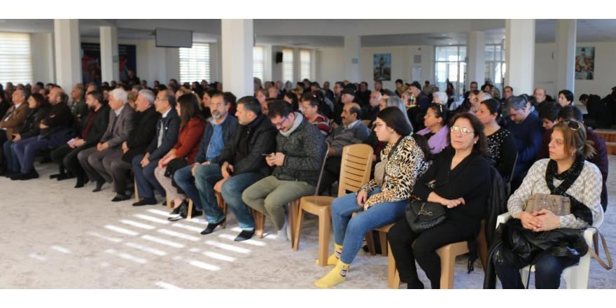 """""""Şeyh Bedreddin ve Alevilerin mücadele tarihi""""paneline yoğun ilgi"""