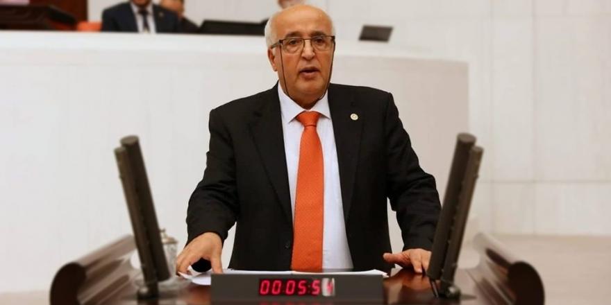 Özen, Alevilere hakarete takipsizlik kararını Adalet Bakanı'na sordu