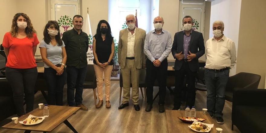 Alevi kurumlarının HDP'ye dayanışma ziyareti devam ediyor