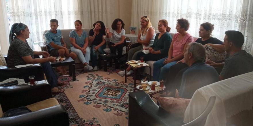 Alevi kadınlardan işkence gören Elkatmış ailesine dayanışma ziyareti