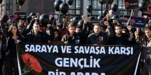 CHP ve HDP'li Gençlikten Ankara garı önünde ortak anma