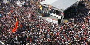"""""""Alevi Partisi İstemiyoruz, Sol-Sosyal Demokrat Hareket Büyümeli"""""""