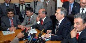 Alevi derneklerinden CHP'ye ziyaret