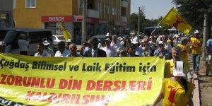 Hacı Bektaş'ı Anma Törenleri Protestoyla Başladı