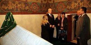 ABD Büyükelçisi Jeffrey, Hacıbektaş Veli Müzesi'ni Ziyaret Etti