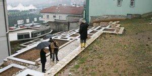 Aleviler : Dergah Üzerindeki AKP Binası Kaldırılsın