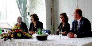 Oya Talat Almanya'daki Alevilerden Yardım İstedi