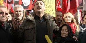 Ferhat Tunç ve Pınar Sağ'a Verilen Cezalar Protesto Edildi