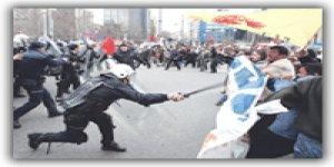 Emekçilere polis copu