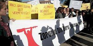 Malatya'da Zorunlu Din dersi kaldırılsın eylemi