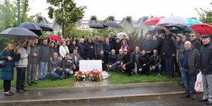 Dersim Tertelesinde Katledilenler Paris Alevi anıtında anıldı
