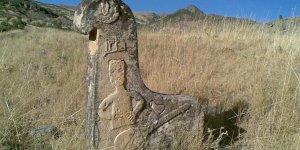 Dersimin tarihi mezar taşları