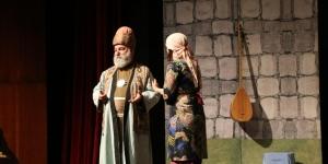 Adana'da 'Pir Sultan Abdal' adlı oyun sahnelendi