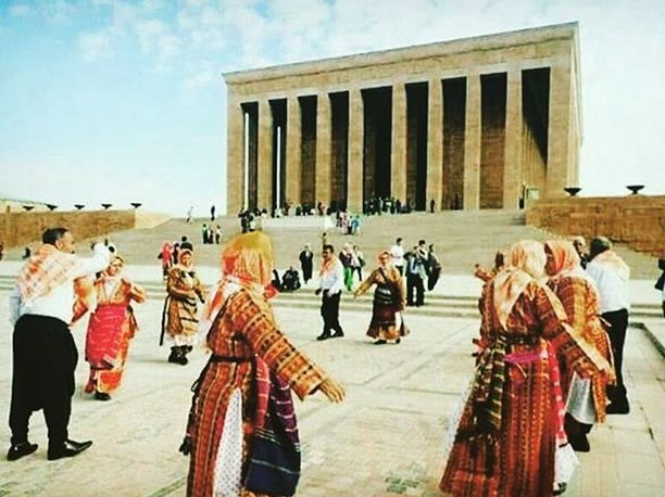 "Türkçü-Kemalist ""Aleviler"""