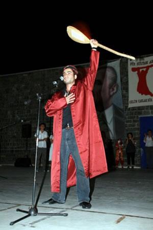 Pir Sultan Abdal Kültür Derneği Sivas Katliamını Andı