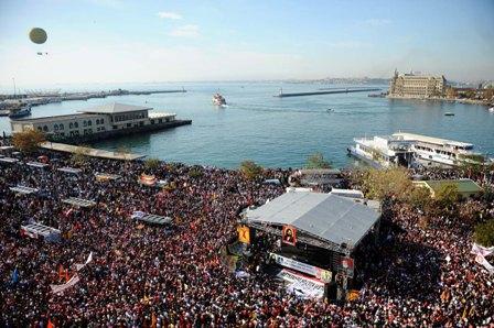 Kadıköy'de dev Alevi mitingi