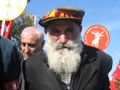 Alevi Dedeleri İstanbul'da Toplanıyor