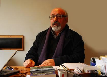 Hacı Bektaş Ödülü Cemal Şener'e