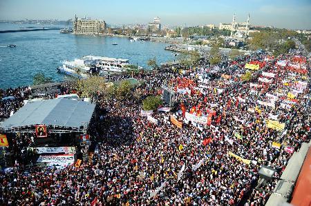 Kadıköy'de Alevi mitingi