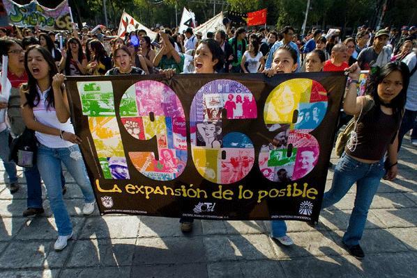 Meksikalılar 1968 olaylarını andı