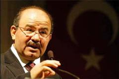 Profesör ve Bakan Çelik arasında 'tarikat gazetesi' tartışması