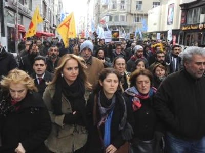 Pınar Sağ'a büyük destek!